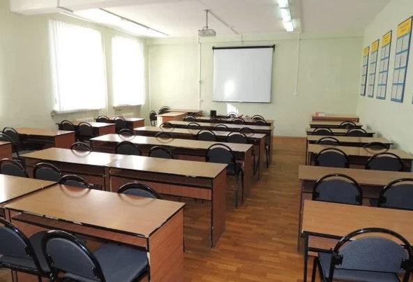 Работаем в том случае, если экзамен сдается мелкими группами по 3-5 человек.