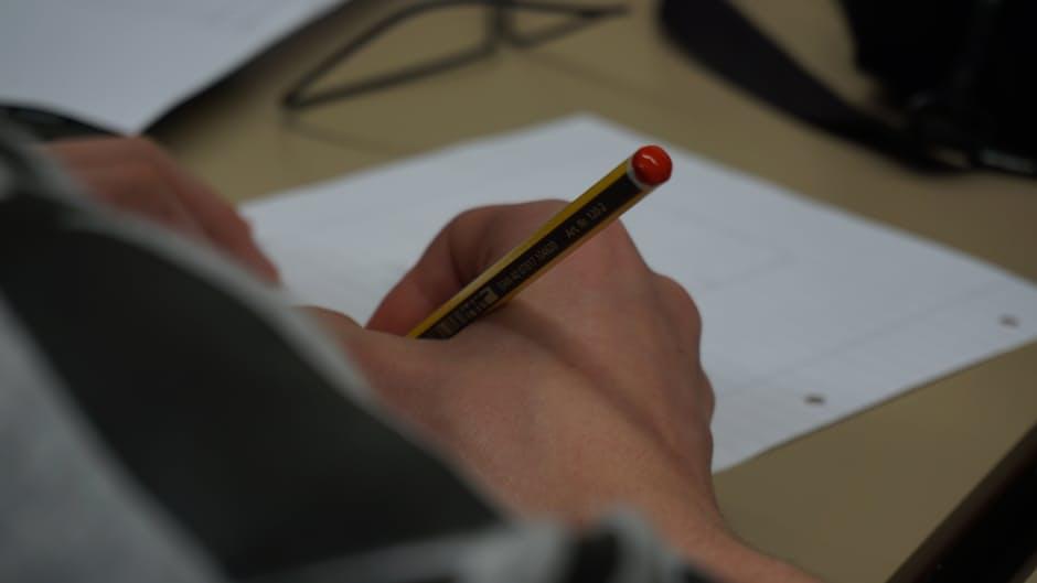рецензия на дипломную работу по теме керенский